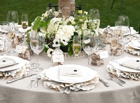 Table-Decoration-Idea-For-Wedding-8