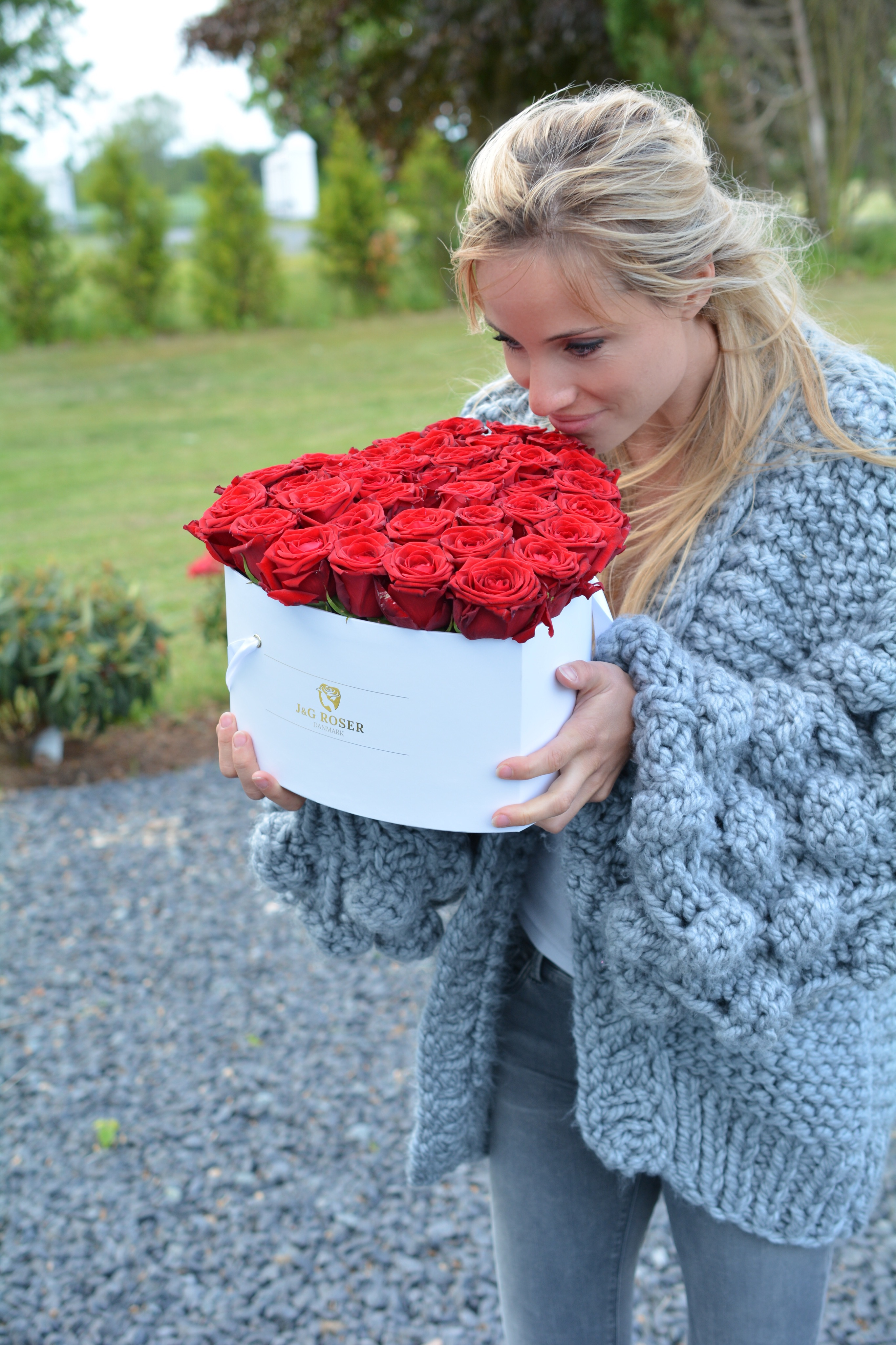 lea hvidt roser