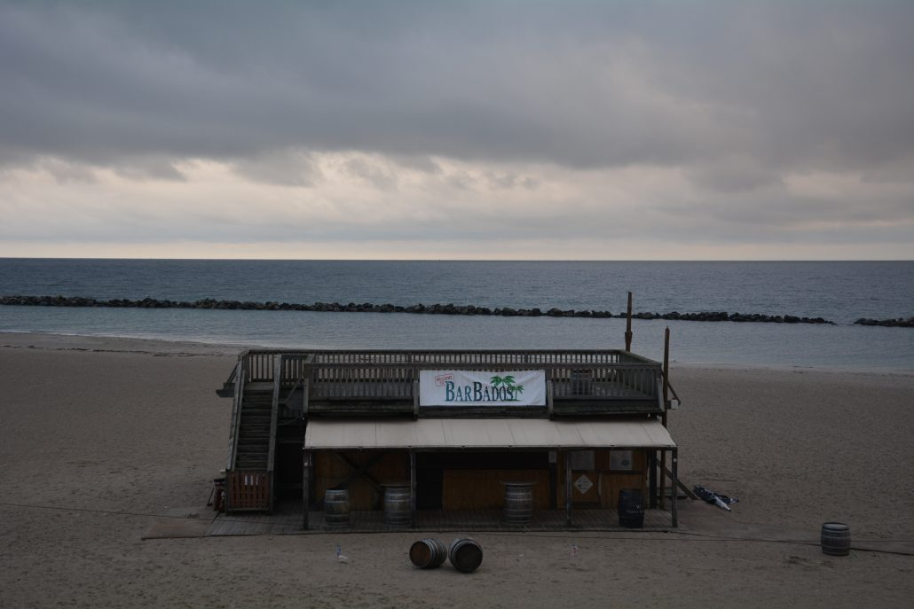 einsmuttur spa strandbar