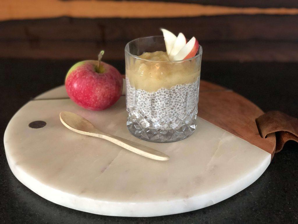 vanilje chiagrød med æble morgenmad